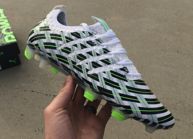 evoPOWER Vigor Camo Up Close