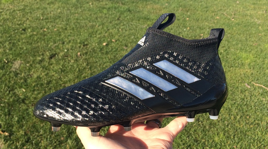 46892d04c adidas ACE17+ Purecontrol - Laceless Boot Review