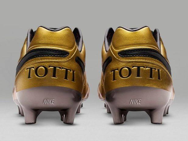 Nike Totti Roma Boots Heel