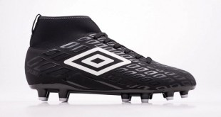 Umbro Calibra in Black featured