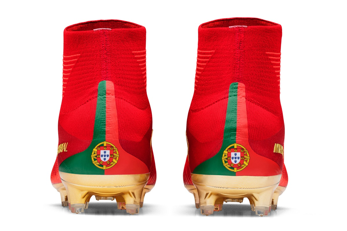 80e6975b471 Ronaldo Gets Mercurial Campeões - CR7 X Portugal
