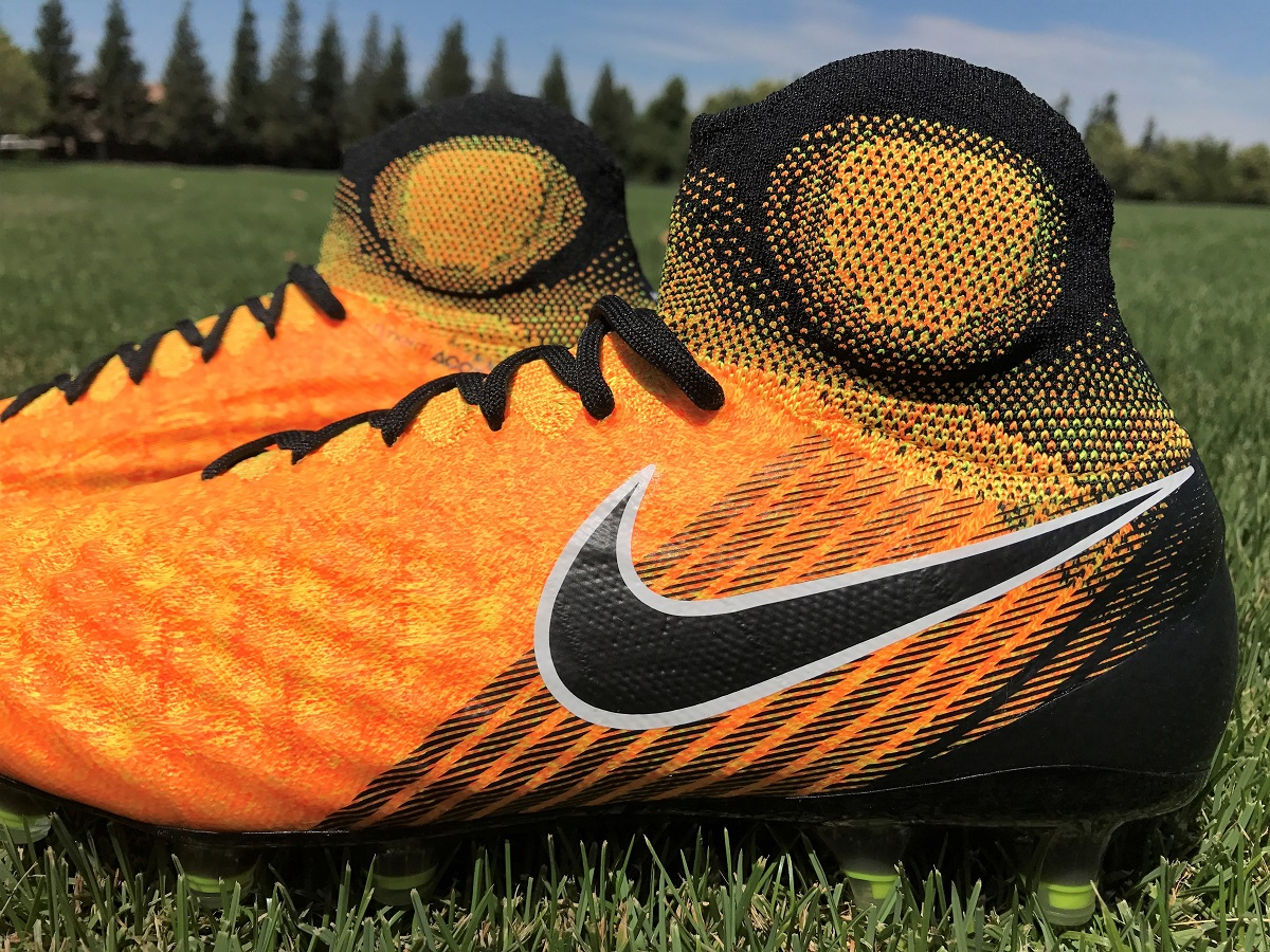 Nike MagistaX Proximo II Dynamic Fit Turf Shoes Review
