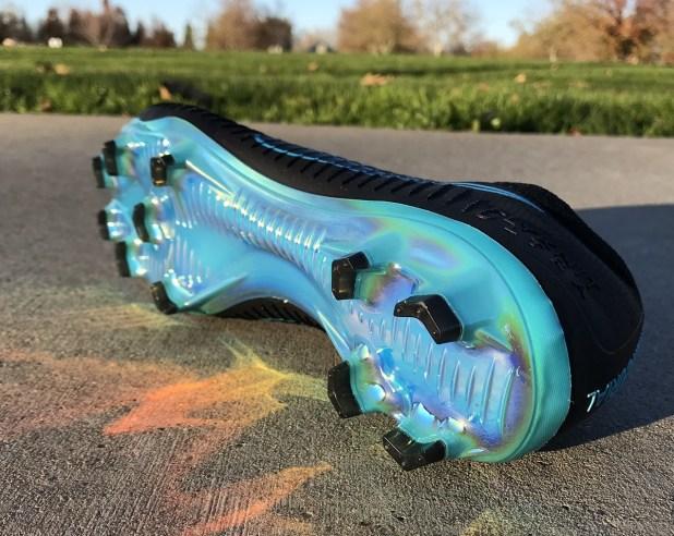 Flyknit Ultra Blue Soleplate
