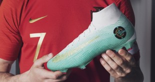 Ronaldo With CR7 Superfly Chapter 6 Edição Especial Featured