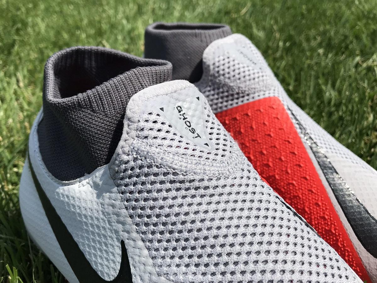 a8afbd393 Nike PhantomVSN Pro Ghost Laces