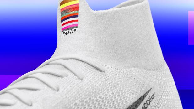 Nike Mercurial 360 'LVL UP' Collar