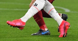 CR7 Debuts Crimson Superfly On Foot