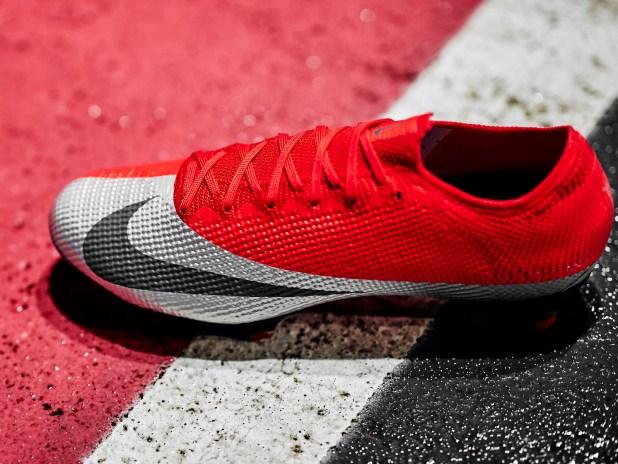 Nike Mercurial Vapor Future DNA Mercurial Up Close