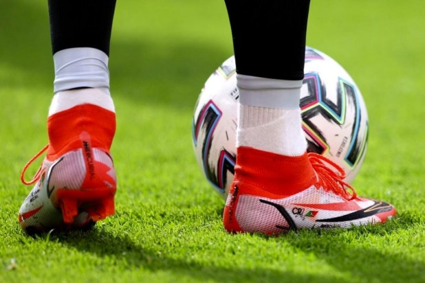 Ronaldo Spark Positivity Superfly Boots