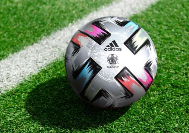 Adidas Uniforia Finale Ball