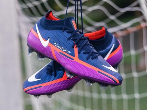Nike Phantom GT2 UV