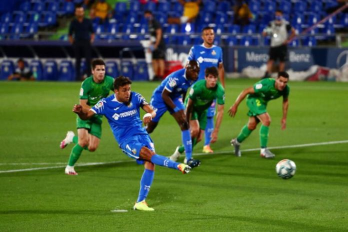 Football: Getafe finally get a win to boost Champions League hopes