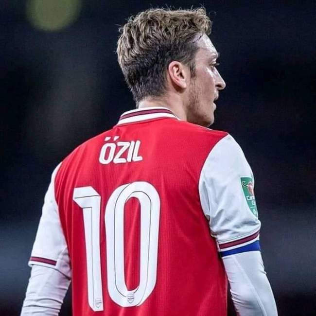 Ozil finally decided on his future at Arsenal