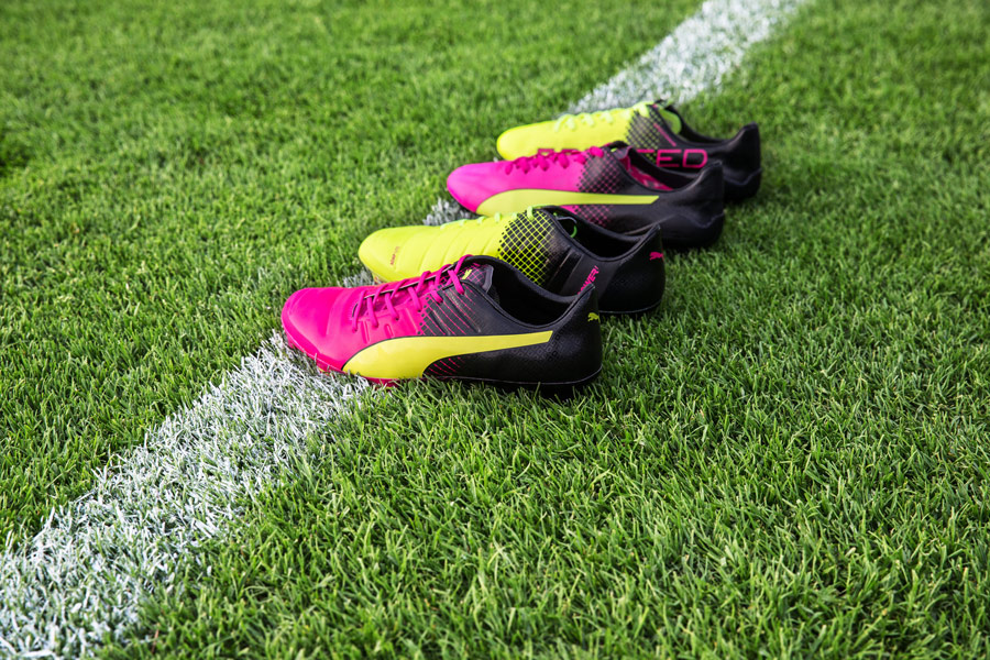 Buy puma different color cleats - 52