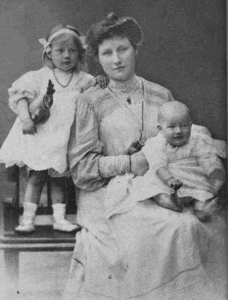 Isobel Addison with her children Kate and Christopher