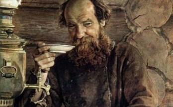 деревенский мужичок за чаепитием на картине Морозова А.И.