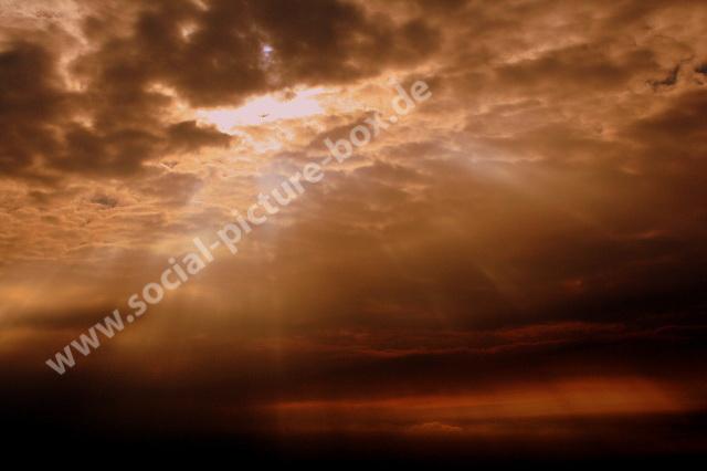 Himmel bei Tag und bei Nacht