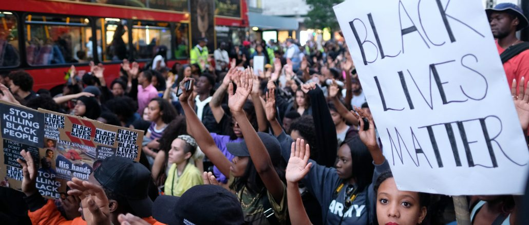 Image of BLM protest in London 2016
