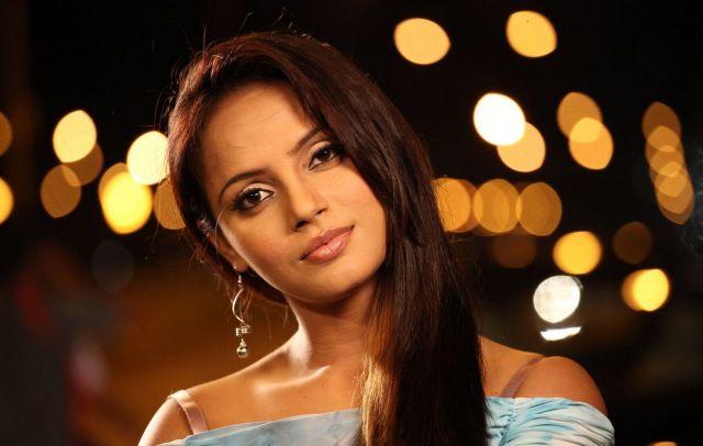 An Open Letter to Bollywood Actress Neetu Chandra