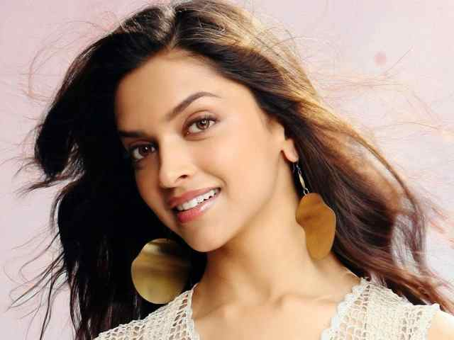 Deepika Padukone Shocks Fans With Her Depression
