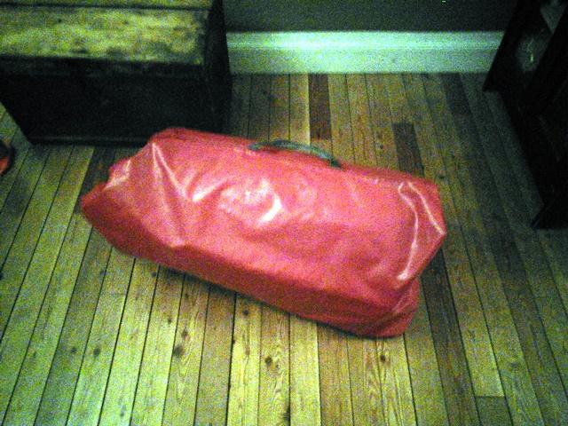 Gummiboot verpackt