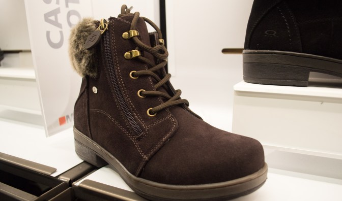 marks canada, women's boots, jade boots, waterproof, winter boots, style, boots shopping, best winter boots, where to buy snow boots, vancouver, dad blogger, james r.c. smith, socialdad, vancouver blogger, canadian bloggers, best dad bloggers, top dad bloggers