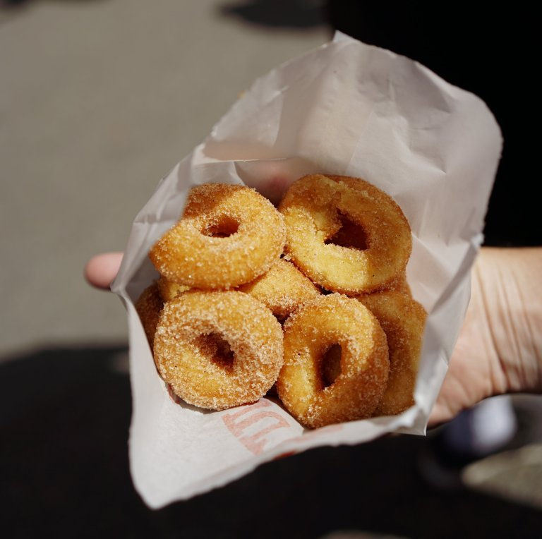 mini donuts, best mini donuts in vancouver, outrageous food, pickle pizza, playland, pne, vancouver food