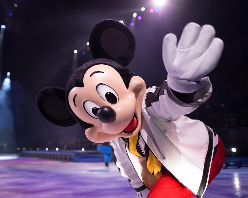 Disney on ice, vancouver, tickets, win tickets, disney in vancouver, disney store, dad blog, parenting bloggers, socialdad,