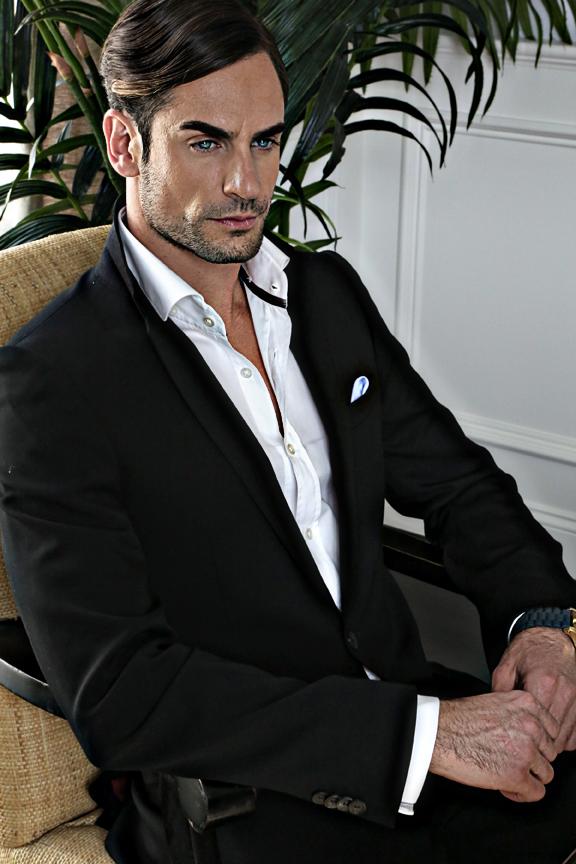 Antonio Lujak-model-social magazine (3)