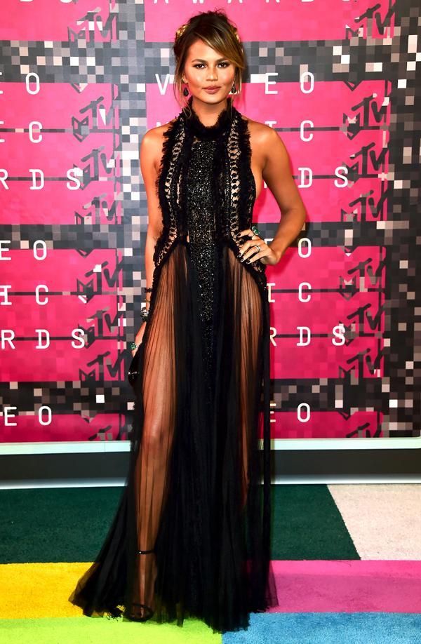 Best-Dressed-Chrissy-Tiegan