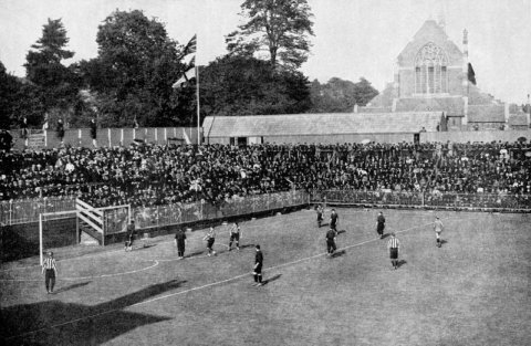 Soccer - Southampton v Brighton United - The Dell