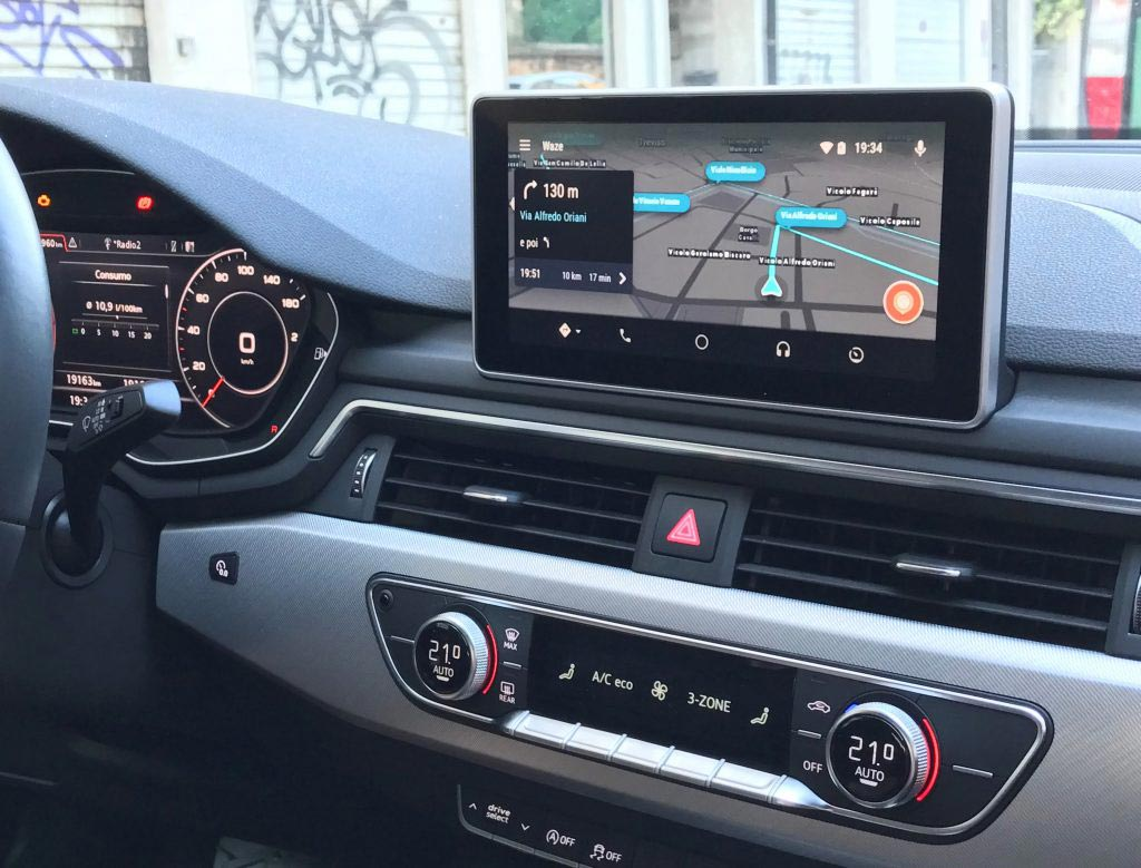 waze il navigatore salva automobilisti arriva su android auto. Black Bedroom Furniture Sets. Home Design Ideas