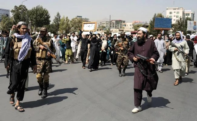 Taliban Forces Can Control ISIS Threat, Says Afghan Foreign Minister
