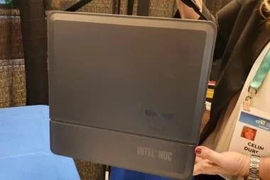 Así es la mini PC gamer de Intel, la NUC 9 Extreme Kit