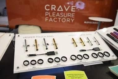 La intención de los creadores de Crave es que sus dispositivos sexuales tengan un aspecto apto para todo público