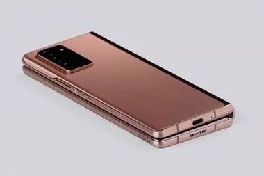 El nuevo Galaxy Z Fold2 plegado; usa el mismo bronce que la compañía eligió para el Galaxy Note20 Ultra