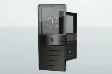 En 2009 Sony Ericsson presentó el Xperia Pureness, un teléfono equipado con una pantalla transparente monocromática