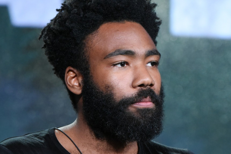 La canción This is America de Childish Gambino fue utilizada para reflejar los videos de Kareem Rahma con escenas de protestas en Minneapolis