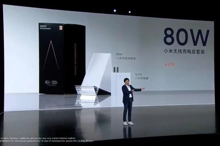La base de carga inalámbrica de 80 watts de Xiaomi permite cargar un teléfono tan rápido como con un cable