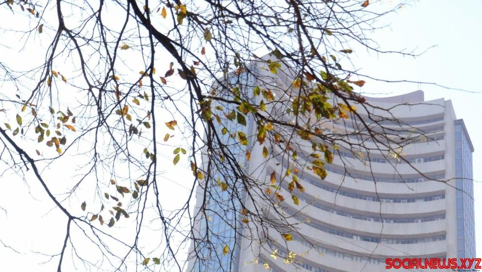 Sensex ends 157 points lower over fresh signs of global slowdown