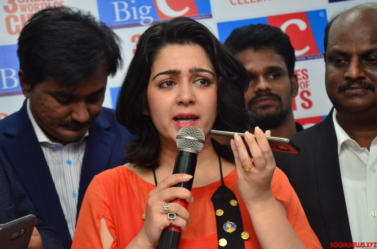 I have no plans of getting married and having kids: Charmee Kaur!