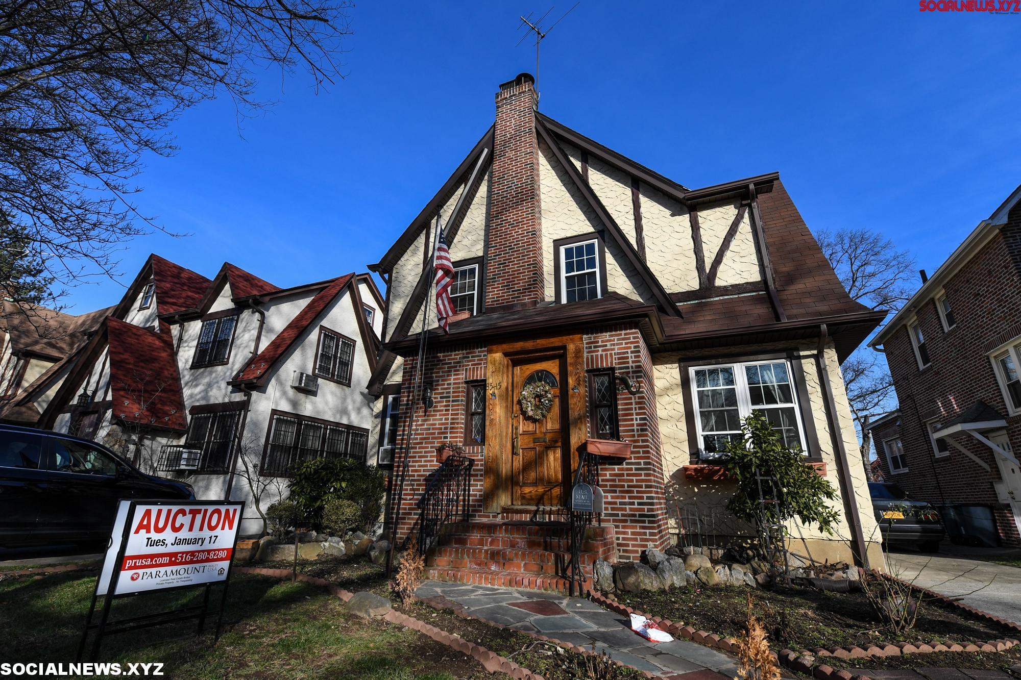 U.S. NEW YORK DONALD TRUMP CHILDHOOD HOME AUCTION