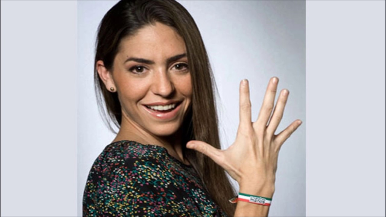 Natalia Cordova-Buckley Nude Photos 23