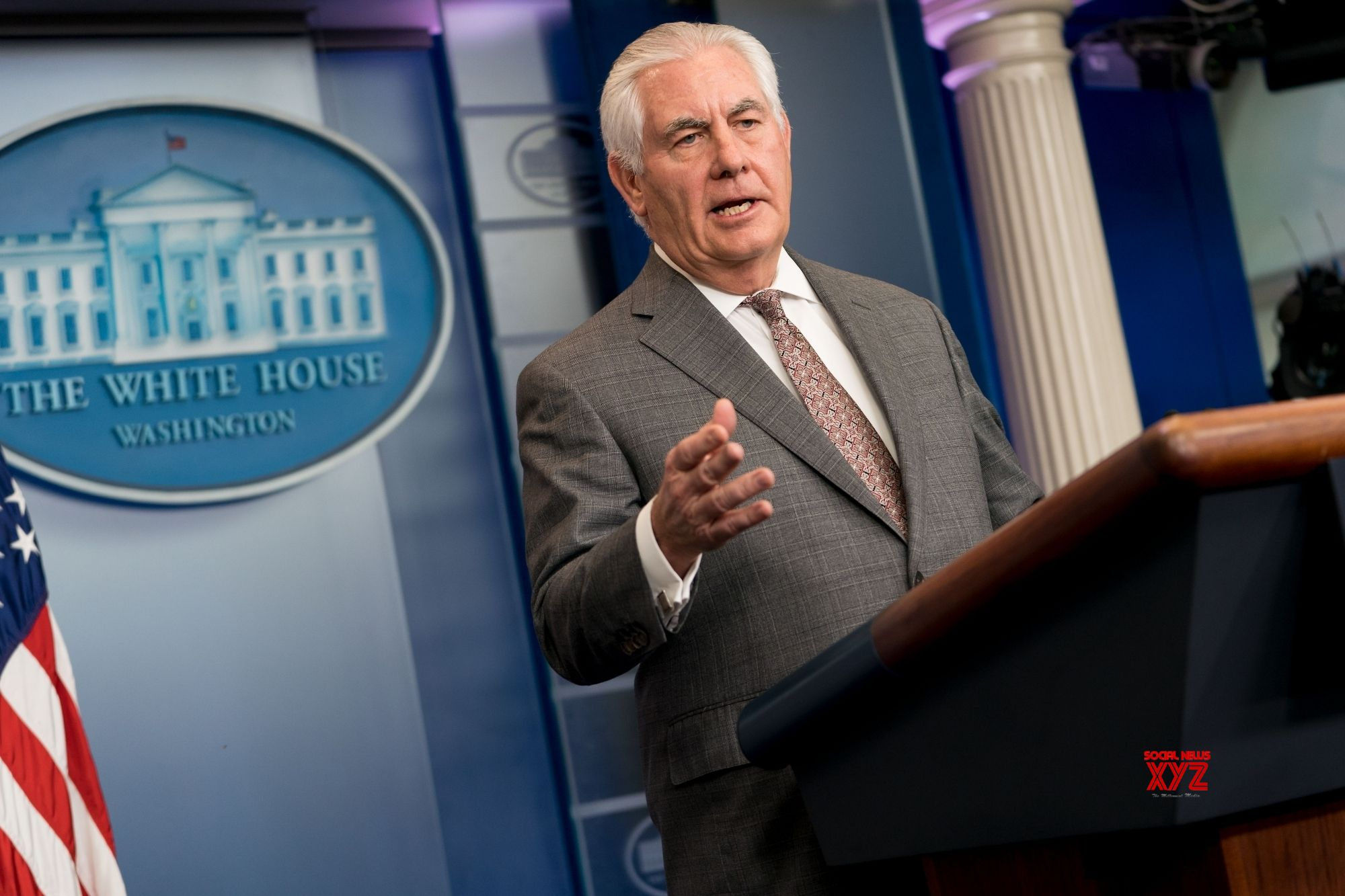Trump fires State Secretary Tillerson, replaces him with Mike Pompeo