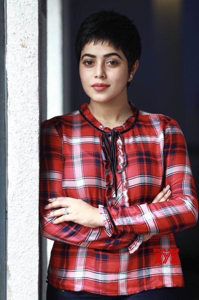 Actress Poorna Stills From  Tamil Movie Kodiveeran