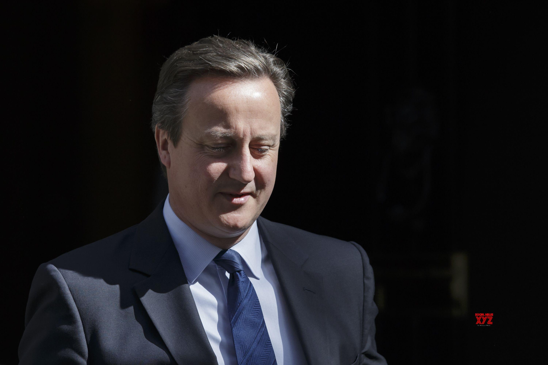 Ex-UK PMs warn against overseas budget cuts