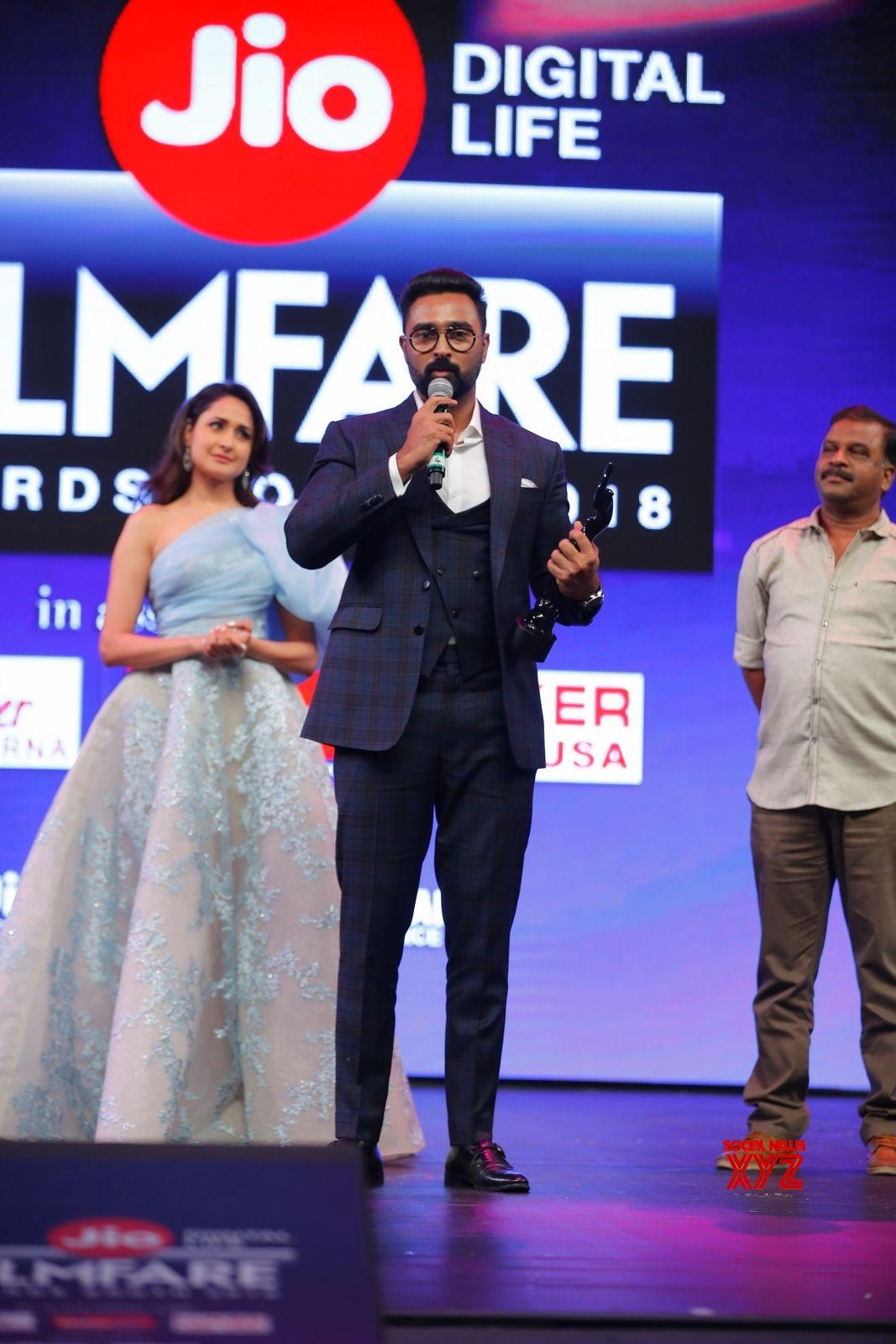 65th Jio Filmfare Awards South 2018 HD Gallery