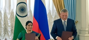 Moscow: External Affairs Minister Sushma Swaraj and Russian Deputy Prime Minister Yuri Borisov at the signing ceremony of Protocol after the successful conclusion of plenary session of the 23rd India-Russia Inter-Governmental Commission on Trade, Economic, Scientific, Technological and Cultural Cooperation (IRIGC-TEC), in Moscow, Russia, on Sept 14, 2018. (Photo: IANS/MEA)