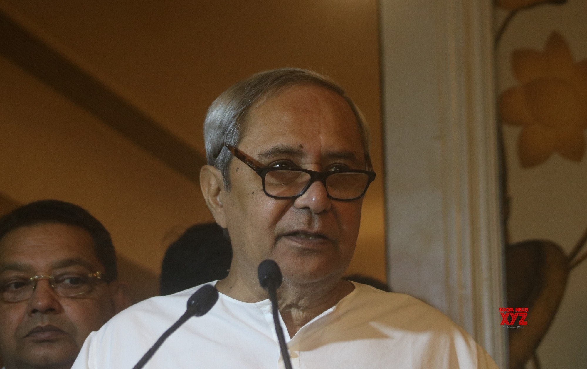 Naveen seeks performance report from party MPs