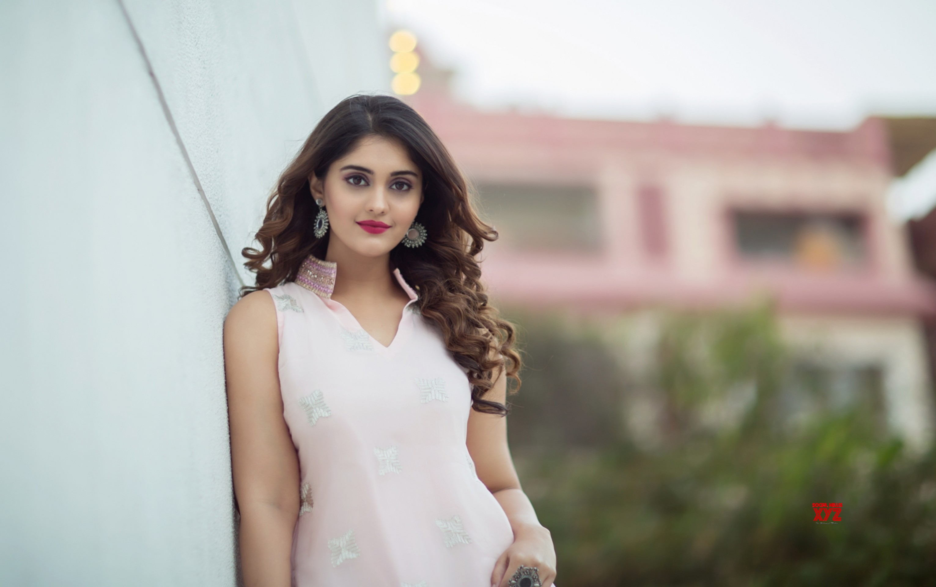 actress surabhi latest glam hd photos - social news xyz